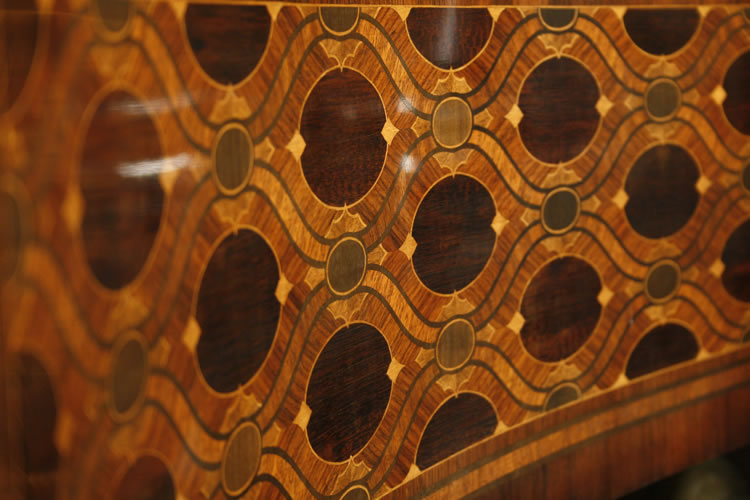 Inlay detail